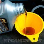 Thay dầu cho máy rửa xe