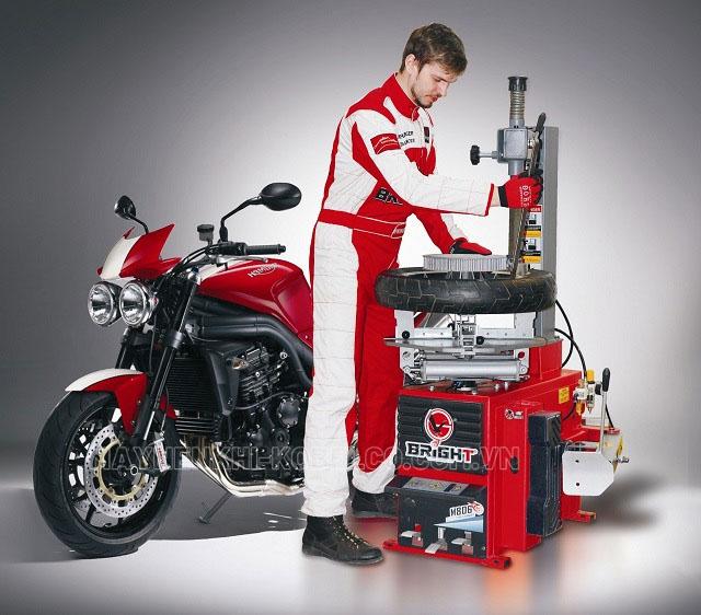 máy ra vào lốp xe được ưa chuộng nhất
